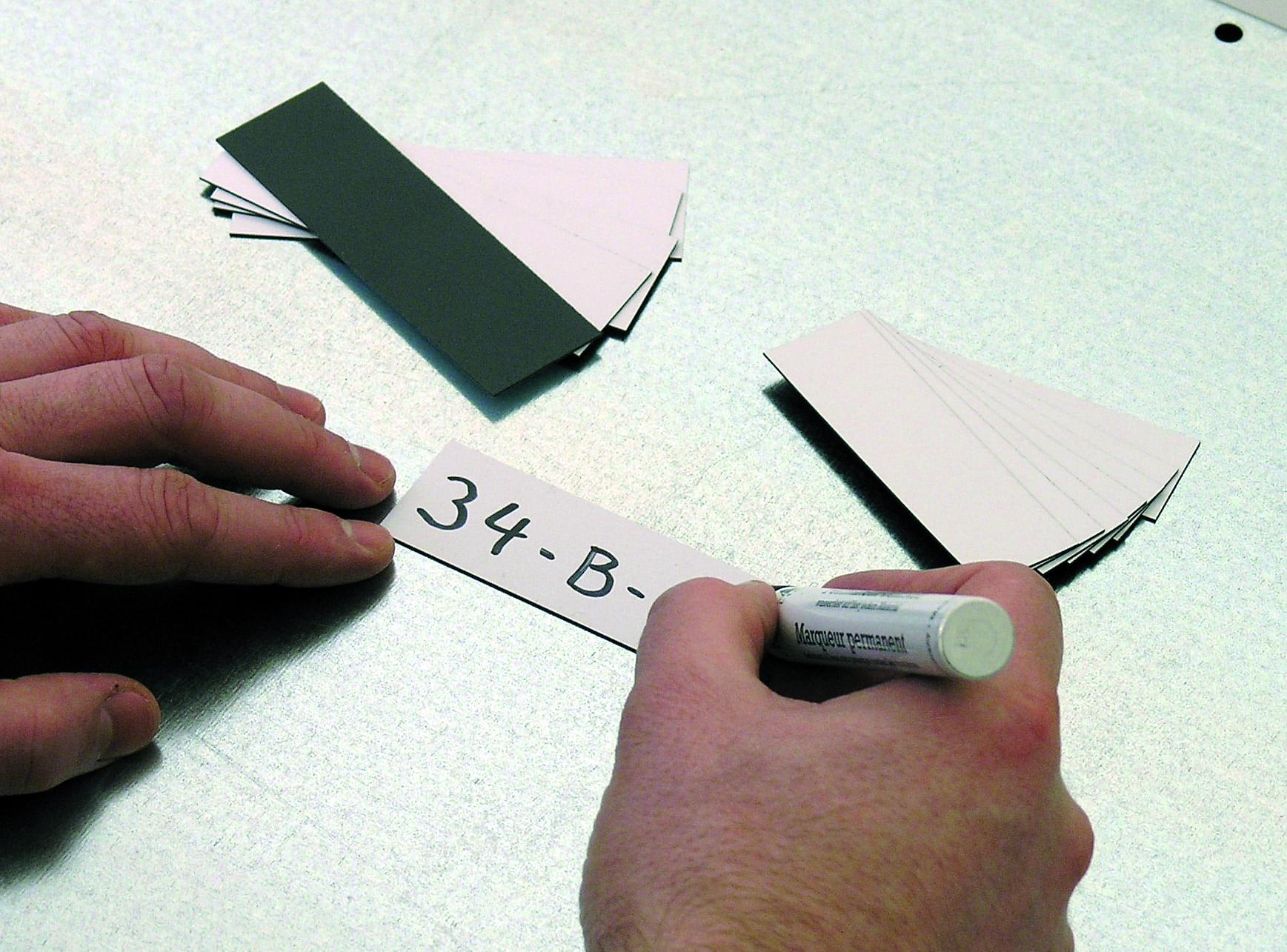 Magnet Haftetiketten 150×50 mm – BreitexHöhe, Paket á 50 Stück